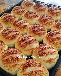 Likes, 14 Comments - Havva Koçak Food Platters, Food Dishes, Bread Dough Recipe, Cake Recipes, Dessert Recipes, Comfort Food, Football Food, Arabic Food, Turkish Recipes