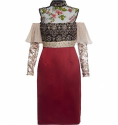 Vestidos são peças que funcionam bem o ano todo e você pode utilizá-los de várias maneiras. Do mais básico a alta costura, trabalhamos com profissionais que atendam ao gosto apuradíssimo de um público que procura na moda algo muito além das aparências. Descubra os detalhes do Vestido Bordado Vermelho Com Manga de Tule Bordada, da Ana Barros, clicando no link da imagem.