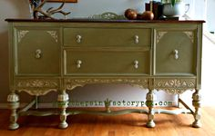 Versailles Annie Sloan Chalk paint. Hand painted detailing in Olive/Old Ochre/Old White. $850 www.facebook.com/thepaintfactory