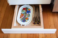 Small Kitchen Makeover Here's How Hidden Cabinet Hacks Dramatically Increased My Kitchen Storage - Behind-the-doors ways to make the most of your current kitchen. Kitchen Storage Hacks, Kitchen Cabinet Organization, Diy Storage, Kitchen Hacks, Storage Ideas, Organization Ideas, Kitchen Ideas, Kitchen Redo, Organizing Tips
