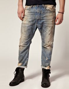 Diesel narrot tappered jeans.