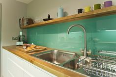Back Painted Glass Backsplash - DIY Trial Run - Addicted 2 Decorating® Modern Kitchen Backsplash, Glass Kitchen, Kitchen Paint, Backsplash Ideas, Backsplash Design, Beadboard Backsplash, Herringbone Backsplash, Green Kitchen, Hexagon Backsplash