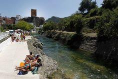 Fijaos qué lugares más increíbles en la zona de #Cofrentes. #Valencia #CruceroFluvial #Turismo #RutasGuiadas.