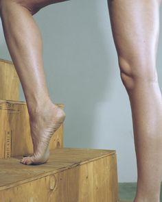 Des photos de nu qui interrogent la fascination pour le corps féminin   The Creators Project