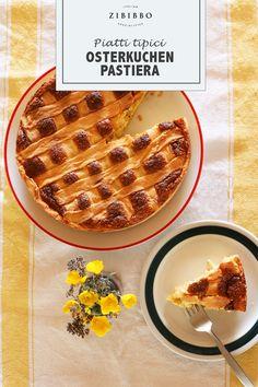 Die Pastiera ist ein traditioneller Osterkuchen aus der süditalienischen Region Kampanien. Mit Ricotta und kandierten Früchten verfeinert ist der Kuchen ein echter Osterklassiker. Ricotta, Waffles, Breakfast, Food, Baked Goods, Food Food, Easter Pie, Italian Cuisine, Holiday