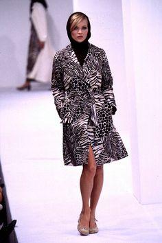 Dolce & Gabbana - Ready-to-Wear - Spring / Summer 1996. #KateMoss  (Runway/Catwalk & Backstage)