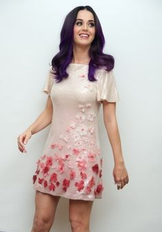 Katy Perry Wallpaper, Katy Perry Hot, Katy Perry Pictures, Daisy, Star Wars, Brunette Girl, Female Singers, Famous Women, Orlando Bloom