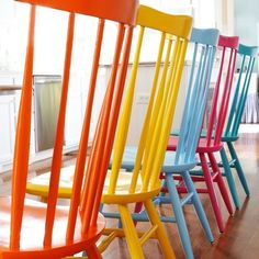 Why paint all your chairs just one color? A DIY tutorial for spray painting your wooden kitchen chairs. (via In My Own Style)