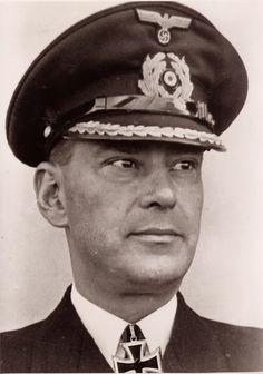 "✠ Günther Gumprich (6 January 1900 - 17 October 1943) Killed in action when Hillfskreuzer ""Michel"", also called ""Schiff 28"" was sunk by the U.S.S. Tarpoon in the Yellow Sea, east of Yokohama. RK 31.12.1942 Kapitän zur See Kdt ""Thor"""