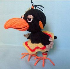 Владимир Сутеев. Яблоко – ВЯЗАНАЯ СКАЗКА Crochet Animal Patterns, Crochet Doll Pattern, Crochet Dolls, Doll Patterns, Crochet Hats, Crochet Birds, Crochet Animals, Pacifier Holder, Crochet Patterns For Beginners