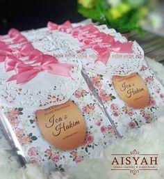 @Aisyah.Souvenir Produsen SOUVENIR PENGAJIAN (Tasbih Buku Yasin Buku Doa Pernikahan Buku Doa Kehamilan Majmu' syarif Oleh2 Ibadah haji Oleh2 ibadah umroh dan perlengkapan pengajian lainnya) Info Pemesanan Hub. WA: 085733439228 / Line : @ago2473y . . . #BukuPengajian #BukuYasin #YasinCantik #SouvenirPengajian #SouvenirIslami http://ift.tt/2f12zSN