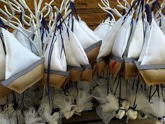 μπομπονιερες βαπτισης για αγορι καραβακι Nautical Christmas, Christmas Home, Christmas Crafts, Beach Crafts, Home Crafts, Diy And Crafts, Boy Baptism, Christening, Origami Sailboat