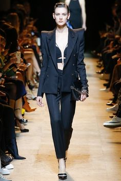 View the complete Fall 2017 collection from Mugler.