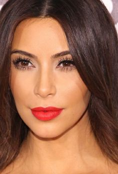 Kim Kardashian, Elton John Party, 2014 Elton John AIDS Foundation Oscar Party, Red Lips.