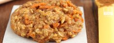 Healthy Carrot Cake Oatmeal Cookies -- these skinny cookies don't taste healthy at all! And they're only 96 calories! You'll never need another oatmeal cookie recipe again! Gluten Free Carrot Cake, Gluten Free Cookie Recipes, Healthy Carrot Cakes, Oatmeal Cookie Recipes, Healthy Cookies, Gluten Free Cookies, Oatmeal Cookies, Healthy Desserts, Dessert Recipes