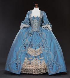 Robe a la francaise rievoca del costume del XVIII secolo 18th Century Dress, 18th Century Costume, 18th Century Clothing, 18th Century Fashion, 19th Century, Rococo Fashion, Victorian Fashion, Fashion Fashion, Korean Fashion