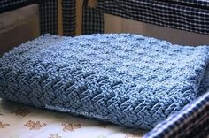 Free Crochet Basket Weave Baby Blanket Pattern & Tutorial