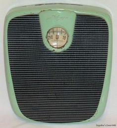 Kent Vintage Bathroom Sc... Dark Shades, Shades Of Green, Vintage Scales, Bathroom Scales, Amazing Bathrooms, Sweet Home, Vintage Items, Home Appliances, Interior Design