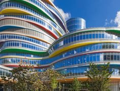 Valspar was honored to take on the project of the Children's Hospital of Philadelphia. Such an inspiring, colorful, and uplifting project! Visit our site to learn more about the projects we do.