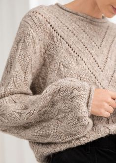 35 Women's Sweaters To Wear Now - Fashion New Trends - - 35 Women's Sweaters To Wear Now outfit fashion casualoutfit fashiontrends Source by roecuresper Pull Crochet, Knit Fashion, Sweaters For Women, Women's Sweaters, Mannequins, Street Style Women, Latest Fashion Trends, Stylish Outfits, Lana