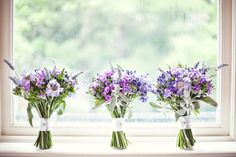 #bridesmaid bouquets shape and size