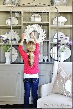 How To Make a Paper Feather Wreath. DIY