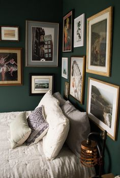 Dark green guest bedroom with eclectic, vintage gallery wall. Dark green guest bedroom with eclectic, vintage gallery wall. Green Bedroom Walls, Bedroom Wall Colors, Home Decor Bedroom, Bedroom Ideas, Artwork For Bedroom, Green Bedroom Decor, Gallery Wall Bedroom, Diy Artwork, Gallery Walls