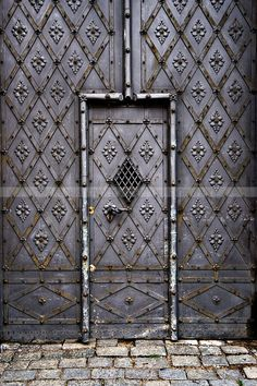 Door, rustic, decoration, details, ornaments, beauty, lovely, history, brick road, photograph, photo