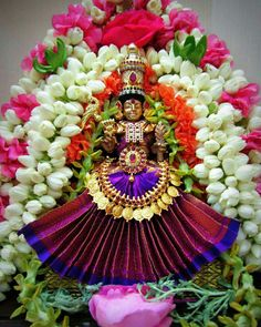 Lalitha Navarathiri Lord Shiva Family, Lord Murugan, Flower Rangoli, Puja Room, Om Namah Shivaya, Goddess Lakshmi, Shiva Shakti, Hindu Deities, God Pictures