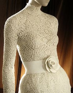 White dress http://crochetmes3.blogspot.com/
