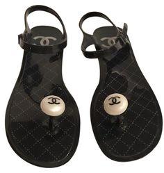 e2298591718 Chanel Black Jelly   Rubber Pearl Thong W Interlocking Cc (Eu 39) Sandals  Size US 9 Regular (M