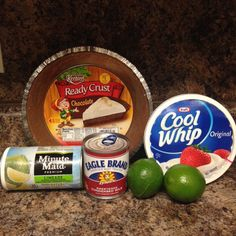 The Southern Belles Icebox Key Lime Pie Recipe – A Southern Kitchen and Craftroom Köstliche Desserts, Summer Desserts, Delicious Desserts, Dessert Recipes, Yummy Food, Pie Recipes, Plated Desserts, Fun Food, Recipies