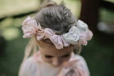 A pretty alternative to a floral crown, and perfect for #spring #flowergirls!