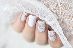 Sexy lace mani in white