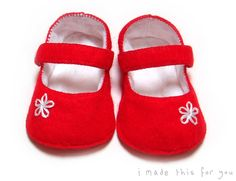 Wool Felt ~ Mary Jane Baby Shoes ~ RED ~ 3 to 6 months - by imadethisforyou on madeit