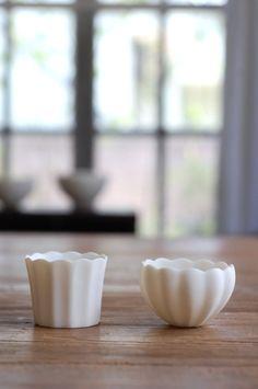 Japanese Ceramics, Modern Ceramics, Ceramic Tableware, Ceramic Cups, Ceramic Design, Glass Design, Tea Art, Pottery Mugs, Mug Cup