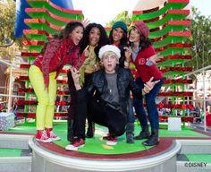 Merry Christmas Ross Lynch I love you