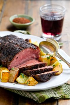 Coffee and Spice Rubbed Sirloin Roast made with @starbucks  is an easy and economical company friendly main dish. #MakeItMerrier #ad #holidays