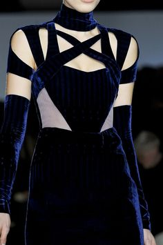 Peter Pilotto | Blue Velvet makes me purr like a kitten, love this!