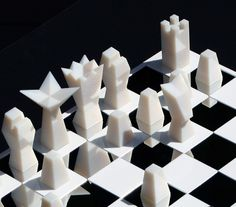 nN chess pieces