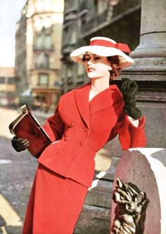 Dior, 1953 - so chicly gorgeous. #vintage #fashion #1950s #red