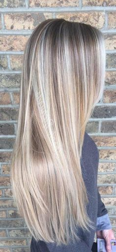 37 Trendy Hair Color Highlights Low Lights Ideas Blonde Balayage - Women Style World Balayage Blond, Blonde Hair Looks, Blonde Long Hair, Dyed Blonde Hair, Spring Hairstyles, Blonde Hairstyles, Christmas Hairstyles, Hair Highlights, Low Lights And Highlights