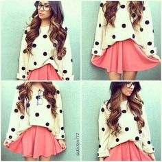 A cute girly outfit, involving two of my favorite things! Polka dots, over sized swearers, the color pink, and skater skirts! Cute Fashion, Teen Fashion, Fashion Outfits, Fashion 2014, Oversize Look, Looks Style, My Style, Polka Dot Sweater, Vintage Hipster
