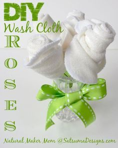 How to make a washcloth rose - satsuma designs Diy wash cloth rose Baby Washcloth, Baby Shower Crafts, Baby Crafts, Shower Gifts, Towel Origami, Towel Animals, How To Fold Towels, Towel Cakes, Handmade Cards