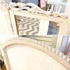 I  scrolly carved wood details