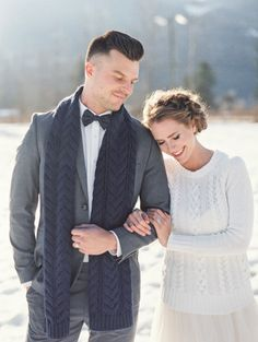 Winter wedding inspiration: http://www.stylemepretty.com/canada-weddings/2014/04/24/cable-knit-inspired-wedding-shoot/ | Photography: Christie Graham - http://www.christiegrahamphotography.com/