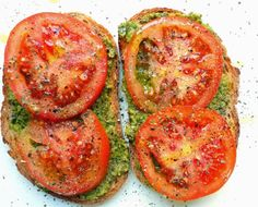 This Open-Face Roasted Tomato Sandwich makes the perfect easy, healthy dinner! Vegan + GlutenFree.