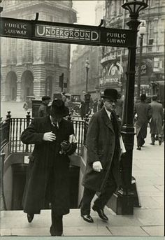 Hotel de Ville: A Vintage Eyewear Blog: London Underground, 1910 #londonunderground #centenary #100