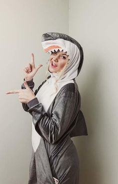10 Last-Minute Halloween Costume Ideas, Perfect for a Cruise Shark Costumes, Sailor Costumes, What Is Halloween, Last Minute Halloween Costumes, Costume Contest, Costume Ideas, Fancy Dress Store, Shark Hat, Dead Bride