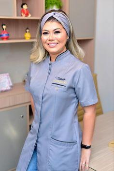 Dental Scrubs, Medical Scrubs, Spa Uniform, Sewing Collars, Scrubs Outfit, Lab Coats, Beauty Salon Decor, Beauty Clinic, Nail Designer